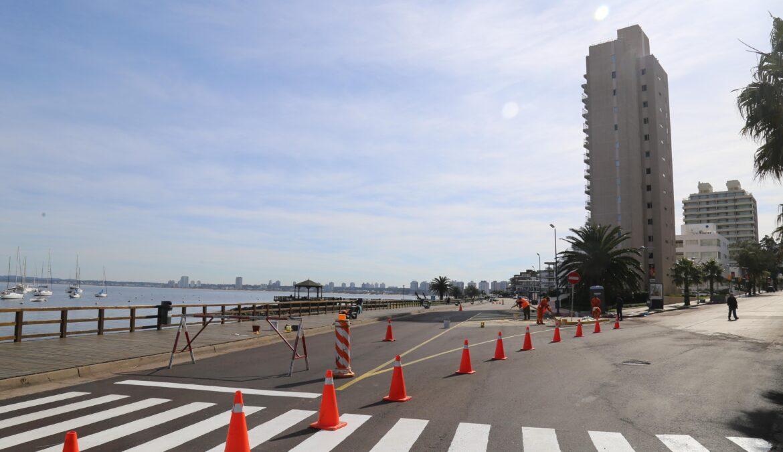 Más de 100 toneladas de asfalto se destinaron para mejorar la Rambla de Punta del Este